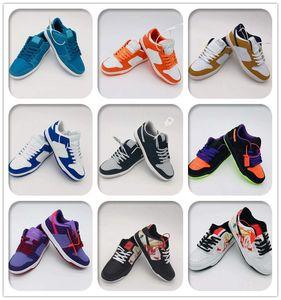 Fashion Men Women Driving Shoes Sneakers SB Men Women Low Top Leather Casual Dunk Shoes Outdoor Skateboard Sports Shoes 36-44