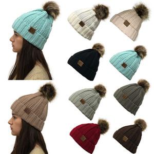 Inverno Mulheres Meninas Malha Chapéus Moda Quente Faux Fur Pom Pom Bola Hat Senhoras slouchy Beanie Sólidos Caps Feminino de esqui com LOGO