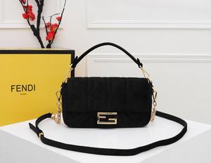 2020 yeni çanta kadın çanta yeni taşınabilir zincirli tek omuz çanta zincir tek omuz çantası çanta serbest dağıtım boyutu: 26 * 15 * 5 cm