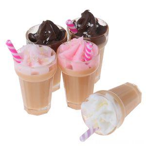 01:12 Dollhouse Miniature Scène Modèle Boisson Pretend Simulation fraises au chocolat Milkshake Cuisines Play Food Imitation et Dress-up