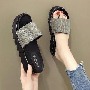 Sur un Wedge Chaussures Femmes Chaussons plat Plateforme Diapositives Shose Femmes Med 2020 Lady douce Girl Fashion PU caoutchouc