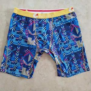 Roupa Interior técnica Cuecas rápidas Cuecas secas Boxers Graffiti Impressão Shorts Leggings mulheres designer de natação na praia