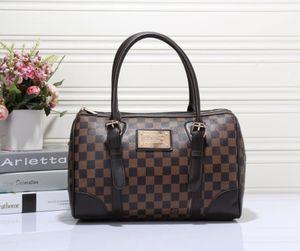Pu Leather Bag Large Women Leather Handbags Famous Women Messenger Bags High Quality Big Ladies Shoulder Bag New 007#550