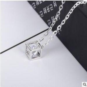 Циркон кубическое счастье кубик рубик ожерелье корейской версии моды коробка цепи цепи шеи цепи