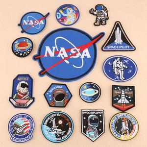 ücretsiz kargo Demir On Yamalar 15pcs astronau tarzı cosmon yaratıcılık işlemeli kumaş Demir-on veya yama rozetleri Sew-on (Karma renklerde 15 Set)