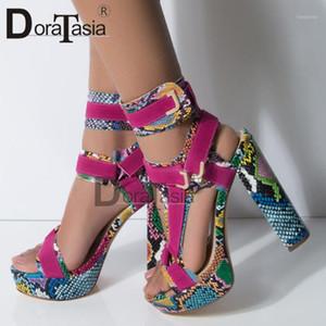 DORATASIA Büyük Beden 34-43 Lady Yüksek Topuklar Gladyatör Sandalet Platformu Renkli Yaz Sandalet Kadınlar Partisi Ayakkabı Woman1