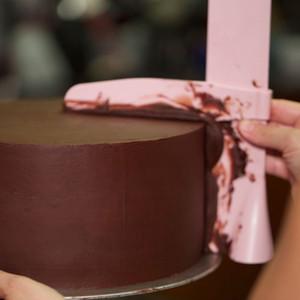 Горячие продажи торт скребок плавная регулируемая помада шпатели торт край гладкой крем украшения DIY формы для выпечки посуда кухня торт инструмент