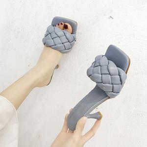 Scarpe Donna Pantofole Donne diapositive con tacco quadrato Mules estate le dita dei Thin Tacchi 2020 Scarpe Alta Roma PU gomma