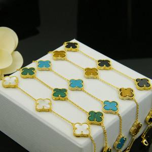 Vieira de cuatro tréboles, ágata negra, brazalete lateral de cuentas de malaquita, joyería fina de mano de obra chapada en cobre y chapada en oro