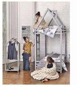 Ins roupas de madeira sólida das crianças rack de chaminé de roupas de pouso móvel