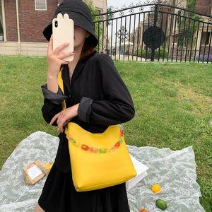 Women Bucket Shoulder Bags Big Capacity Acrylic Chain PU Messenger Totes Handbag Female Classic Elegant Shoulder Handbags