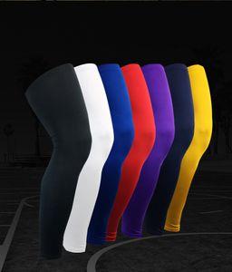 الرياضة المهنية الركبة وسادات دافئ ضغط طويل الساق كم الرياضة في الهواء الطلق لكرة السلة كرة القدم واقية البوليستر دنة الرياضية S