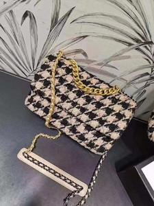 Schultertasche Damen Handtasche Frauen Gewebe-Handtaschen arbeiten Tide Umhängetasche-Schwarz-Weiß CC-Handtaschen Außenhandel ein großes Paket