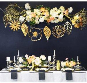 8pcs 금 꽃과 잎 짜개진 조각 큰 관통되는 꽃 장식 장식 벽 스티커 크리스마스 가정 장식 벽화 생일 파티 훈장 LXL1133-1