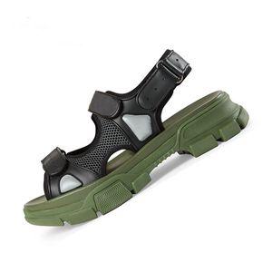 2019 Designer rivettato sandali sportivi di marca maschile e sandali per il tempo libero donna di moda in pelle da spiaggia all'aperto uomo scarpe da donna