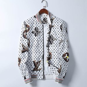 2020 Designer Jacket Windbreaker Long Sleeve Mens Jackets Hoodie Clothing Zipper With Animal Letter Pattern Plus Clothes Men's Outerwear