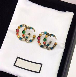 Tiene marca de moda sellos de colores Aretes de diamantes de diseño para el partido de las mujeres de la señora de los amantes de la boda joyería de lujo de regalo de compromiso con la CAJA