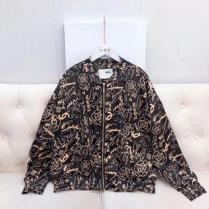 Lujo 2019 cuello alto negro y manga larga graffiti milan runway nuevo abrigo de mujer C1 mm01