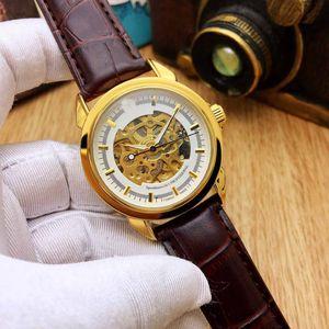 2019 Nouvelle marque de mode de luxe de montres pour hommes femmes dames de montres automatiques montres tag d'or de haute qualité