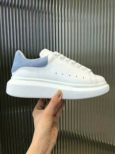 2019 Designer Men Women Casual fitness Shoes New Mens Womens Fashion White Leather Comfortable Shoes Flat Casual Shoes om19081607