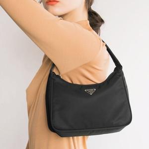 Retro Baguette Bag per le donne alla moda vintage in nylon borsa femminile Piccolo subaxillary borse casual retro mini borsa a tracolla Bella 180
