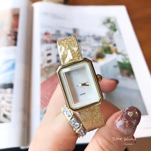 Brand New Mode Lady Watch Women Femmes Steel Watch Rectangle Top Montre de luxe Montre de haute qualité Moderne Quartz Montre Populaire Style Populaire pour Dame Cadeau