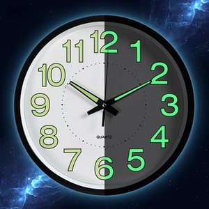 다크 Relogio 드에서 Parede에서 12 인치 달 빛난 벽 시계 원형 석영 시계 홈 인테리어 거실 침실 장식 빛나는