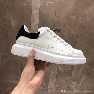 2020 platform Trendy Casual Shoes Paris Hot Sale Mens Womens Fashion Designer Sneakers Street Footwear Dress Shoe Tennis vintage slipper