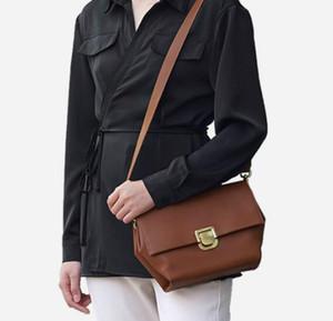 Tasarımcı Kadın Kıdemli Çanta Lüks Lady Mizaç Omuzdan Askili Çanta Yeni Stil Yamuk Crossbody Ofis Çalışanı Çantası / / 7