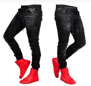 Ropa elástico de la cintura los pantalones de Jean pantalones largos Pantalones negros Deportes del basculador de los pantalones vaqueros para hombre