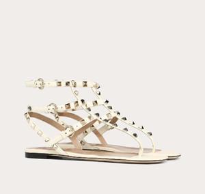 progettista di lusso delle donne del cuoio di vibrazione flop sandali Summer Fashion Rivetti Vitello roccia Studs Lady Gladiator Sandals EU35-43