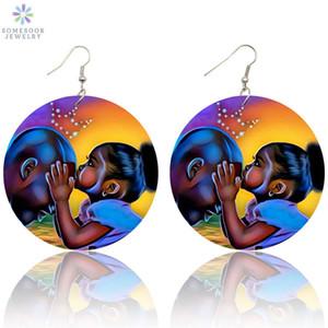 Fashion- الأفرو الشعر الطبيعي رسمت الخشب قطرة أقراط جميلة الطفل حك إمرأة مجوهرات أفريكان كوين الأسود روح الفن للطباعة