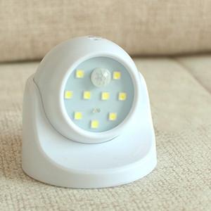 9 램프 비즈 LED 벽 조명 모션 센서 나이트 라이트 360도 회전 무선 자동 PIR IR 적외선 감지기 보안 램프