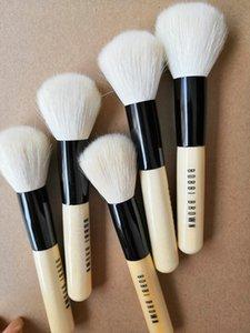 2019 new Eyebrow Eyeshadow Brush Makeup Brushes 1PCS Wooden Foundation Cosmetic Brush Women's Fashion beauty tools