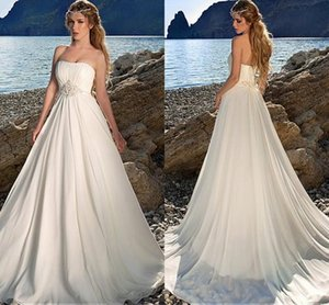 2020 Charming Chiffon Strapless vestidos de noiva A linha de Piso de comprimento Ruched vestidos de casamento corpete com Baguetes Praia do vestido de casamento