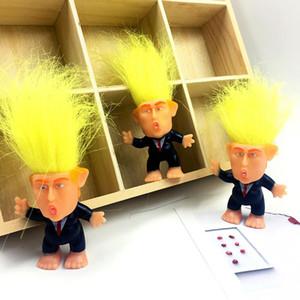 Simulación Donald Trump Traje Troll Doll 6cm decoración Presidente divertido pelo largo figura de acción de la tabla del coche al por mayor de artículos de equipamiento