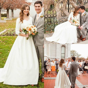 2020 bonito Mancha País vestidos de casamento com 3/4 mangas compridas Lace Plus Size Outdoor Garden vestidos de noiva com Botão Coberto