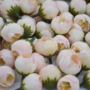 20pcs 2cm artificiales de Rose Brote de flor pequeña seda té Brote Cabeza de boda Inicio Para la decoración del partido de la guirnalda DIY Scrapbooking Crafts