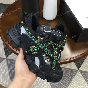 Men Womens Luxury Designer Sneakers Mountain Climbing Casual Shoes Flashtrek Sneaker Removable Crystals Outdoor Hiking Boots With Box