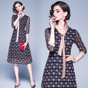 roupa azul howllow fora as mulheres vestido de renda elegante designer de pista ver throught bordados ficar qualidade pescoço