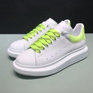 Nuovo OVERSIZE SNEAKERS Classic White liscia pelle di vitello sneaker allacciata stampa pitone tallone Firma Timbro luminosa fluorescente
