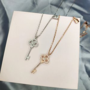 Singapore Rose Gold Color Small Lock Key Shape Design Ladies Necklace Luxury Personality Creative Wild Net Red Ladies Necklace Jewelry