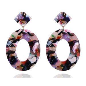 Venta al por mayor Pendientes de acrílico Diseño Patrón Acetato Placa Círculo Exótico Cuelga Stud Aros Pendientes Joyería Moda Mujer Venta caliente
