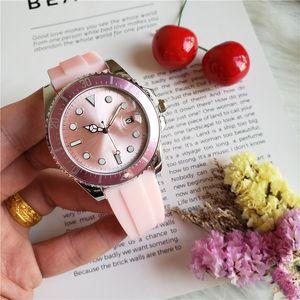 Erkekler 40mm Kauçuk Bileklik Saat İyi Kalite En Satıcı LLS ile 116.660 Kuvars İş Casual DENİZ Erkek İzle