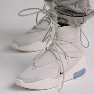 2020 Femmes Hommes Bottes Nouvelle crainte de Dieu 1 Fog Bottes Lumière os Noir Chaussures Hommes Casual Chaussures de sport Plate-forme Chaussures de démarrage
