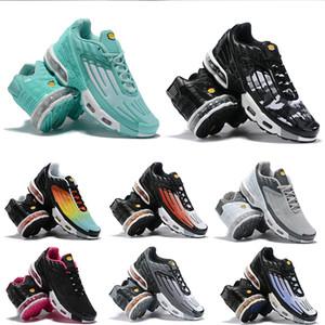 Ayarlanmış 2021 TN Artı III 3 Erkek Sneaker Üçlü Siyah Beyaz Kırmızı Mavi Örümcek Geometrik Gökkuşağı Yastık Koşu Şok Trainer Spor Sneakers