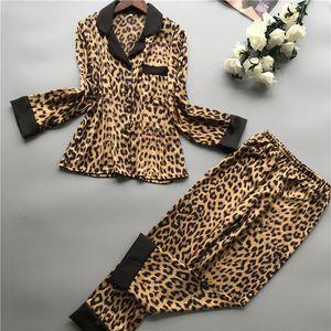 Frauen-Pyjamas Leopard-Pyjamas Frauen-Frühlings-Satin Pijamas Frauen beiläufige elegante Pyjama Femme Silk Pijama Mujer Homewear