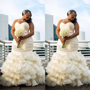 2019 Plus Size Dubai Arabic Simple Wedding Dresses Mermaid Ruched Draped Robe De Marriage Sweetheart Long Floor Length Bridal Gowns