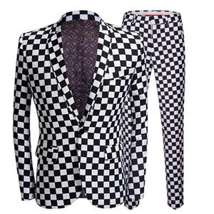 Trajes para hombre de moda de la tela escocesa de impresión Negro Blanco Blazers 2 Piezas Conjuntos de bragas de la capa más reciente etapa de boda cantante Slim Fit Ropa