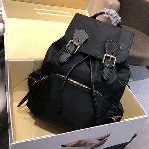 Бесплатная доставка Top Quality 2018. женщин рюкзак мужчины сумку Известные рюкзак мужчины рюкзак женщины путешествия мешок